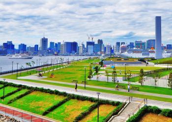 It is park Toyosu around