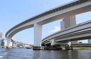 The neighborhood of Ariake junction