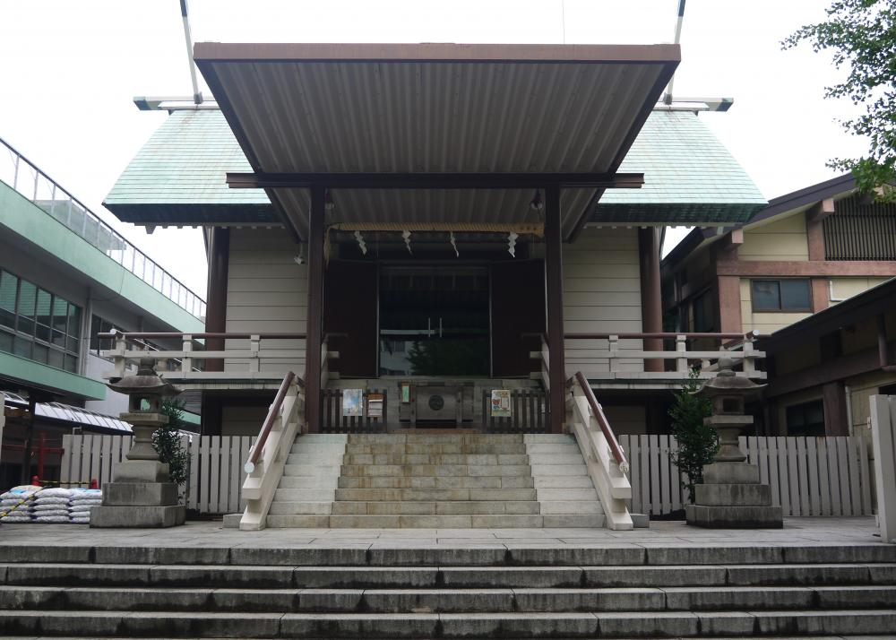 Fukagawa Shinmeigu Shrine