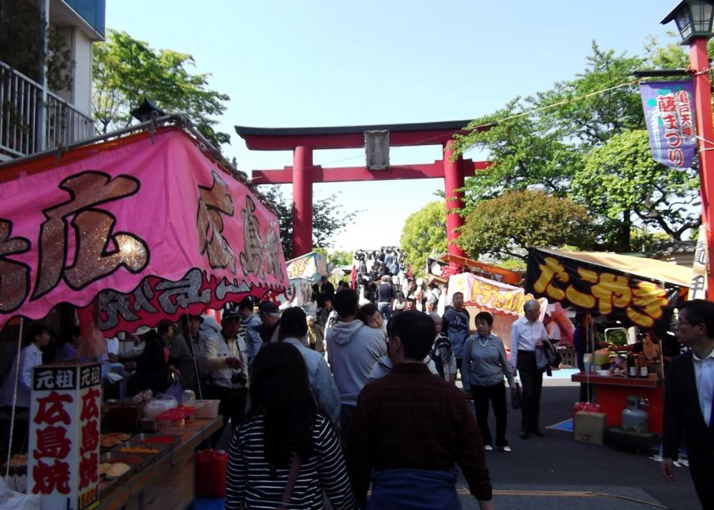 Kameido Tenjindori Shopping Street