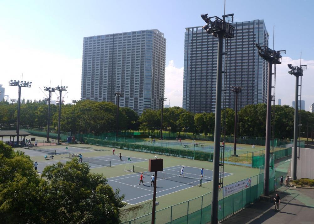 有明網球森林公園、有明競技場